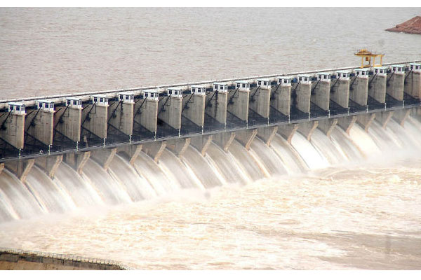 TN, AP, Telangana CMs to meet on Cauvery-Godavari linking