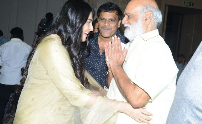 Anushka thrashes rumors of marrying a director's son